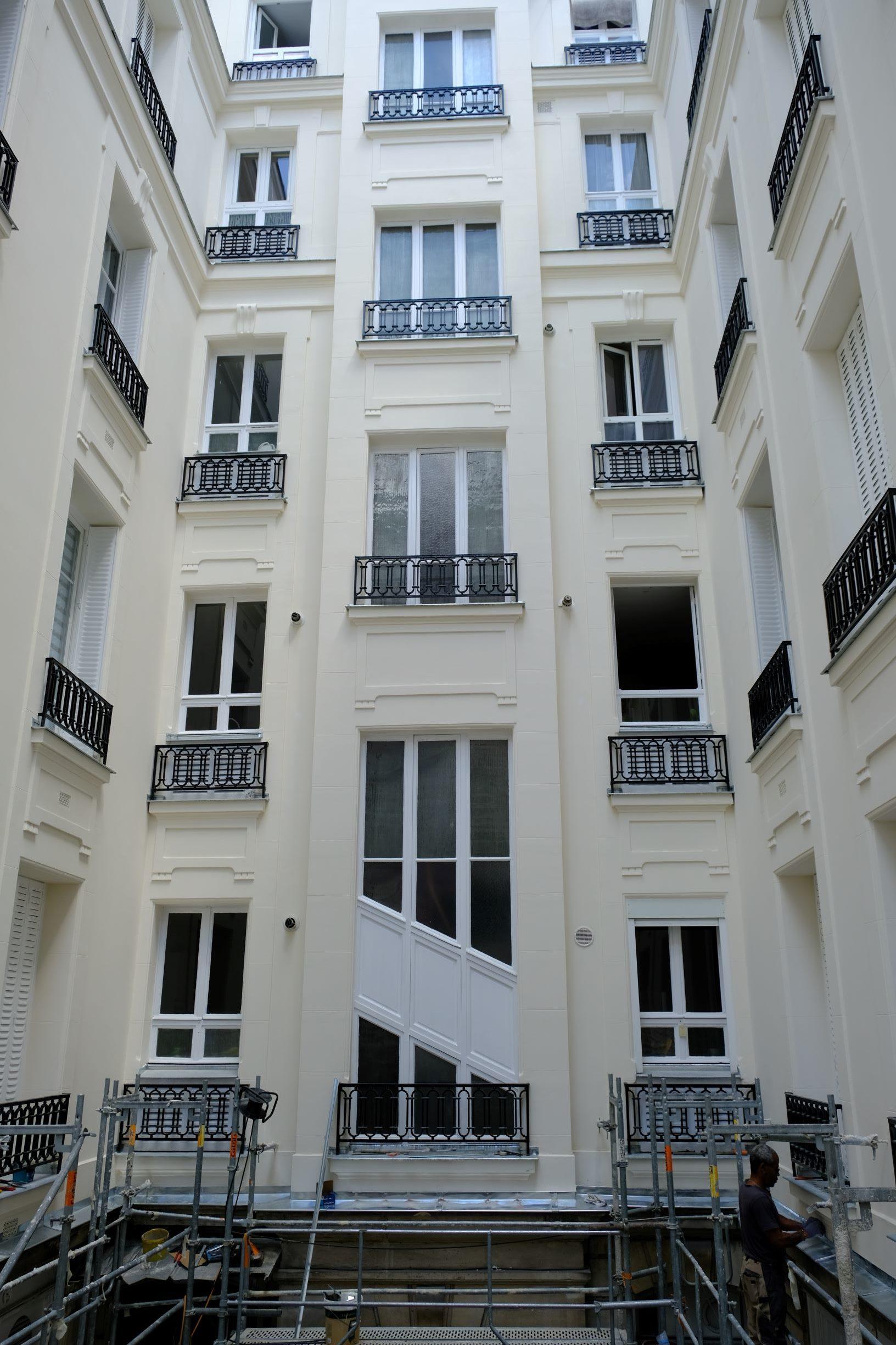 check-out capture renommée mondiale Bandeaux et appuis de fenêtre - Neuilly Sur Seine ...