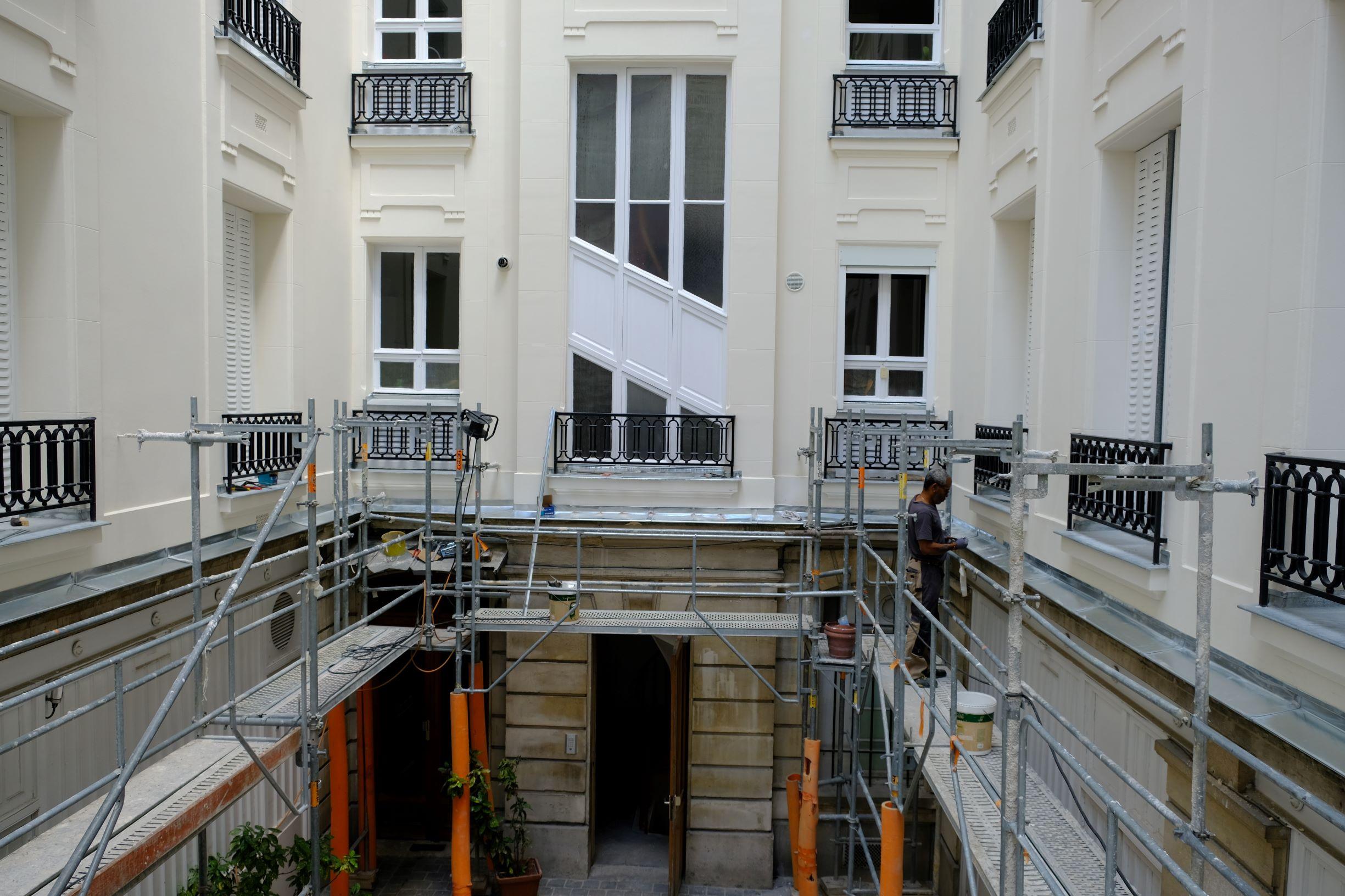 Bandeaux Et Appuis De Fenêtre Neuilly Sur Seine Domingues Couverture